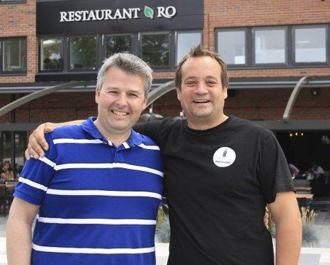 ØL+MAT=SANT: Yngvar Andreassen (f.v.) og Magnus Ruud synes det er moro å kunne få fram mindre aktører under Moss øl- og matfestival 13. august.