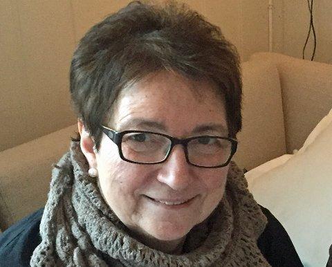 LETTET: Ingunn Mikalsen (77) håper at  drapet på Marie-Louise Bendiktsen endelig kan gå mot en oppklaring.