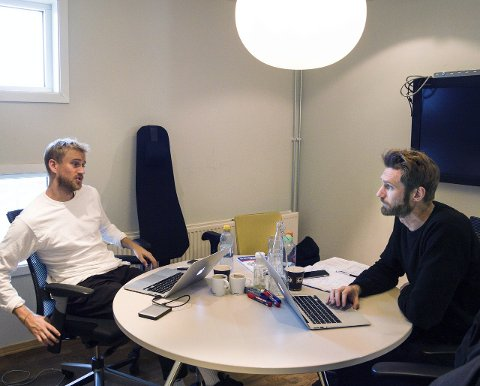 Brødrene Kristoffer og Jonas Paulsen startet bedriften Kelvin Oslo fra et lite kontor på Global Learning i Larvik, og vokste seg raskt store. Nå er de konkurs.