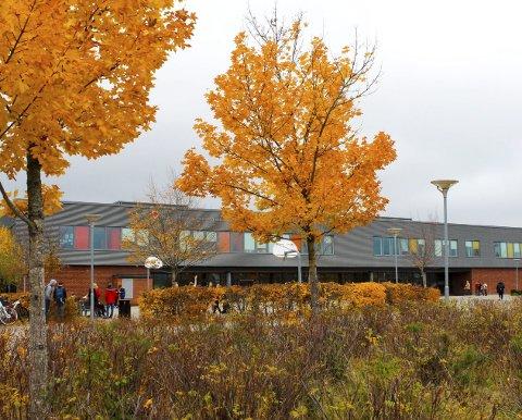 Blir barneskole: Bingsfoss ungdomsskole på Sørumsand kan bli ny barneskole når en ny ungdomsskole står ferdig i 2024. Alle foto: Rune Fjellvang
