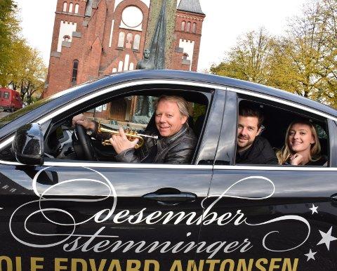 GIRER OPP STEMNINGEN: Ole Edvard Antonsen, Didrik Solli-Tangen og Stine Hole Ulla opptrer i Sandefjord kirke.