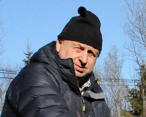 Varsku: Harald Bjerknes (FrP) sender ut et varsku, og sier at kommunen ikke må komme i en sitiuasjon der interessen for å bygge eller kjøpe fritidsbolig i Etnedal blir redusert på grunn av høg eiendomsskatt.