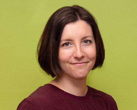 Mari Hopland (37) er tilsatt som biblioteksjef i Øvre Eiker.
