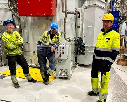 LEVERTE STORANLEGG: Nils Neste, Henning Maribo og Kristian Glemmestad i nye Tolga kraftverk, et av de store oppdragene til Andritz Hydro. Kraftverket ligger 800 meter inn i fjellet.