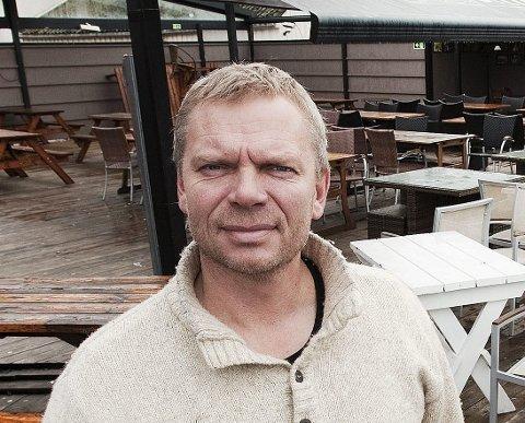 KONGENS BRYGGE: Dag Gulbrandsen driver utestedet.