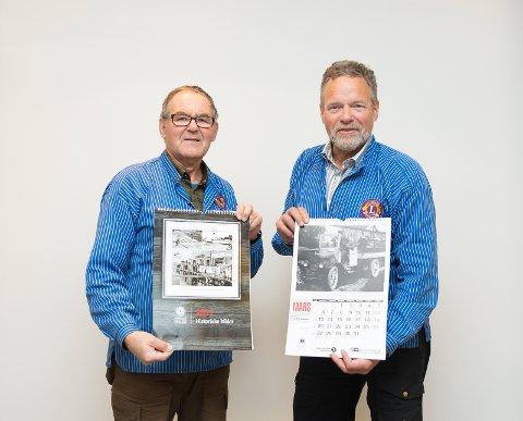 LETTSOLGT: – Mange gleder seg til kalenderen vår, sier Even Nashoug og Kjell Børresen i kalenderkomiteen til Vang Lions.