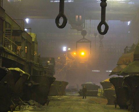 BRYTER REGLENE: Lufta i Øst-Finnmark inneholder for mye svovel, og Nikel-verket er den fremste årsaken. Miljøvernsjefen i Murmansk fylke er nå dømt for å ha tatt imot bestikkelser. Disse settes i sammenheng med en kontroversiell utslippstillatelse.