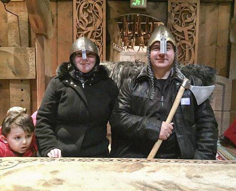 På tur: Onsdag dro frivillige fra Refugees Welcome to Vågan og flyktninger på tur til Lofotr Vikingmuseum. Alle foto: Gyri Mentzoni