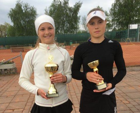 For første gang: MTK-spiller Ine Pedersen (til venstre) gikk til topps i TE-turnering i Falköping denne uken. Til høyre står finalemotstander Nelly Mezan fra Sverige.