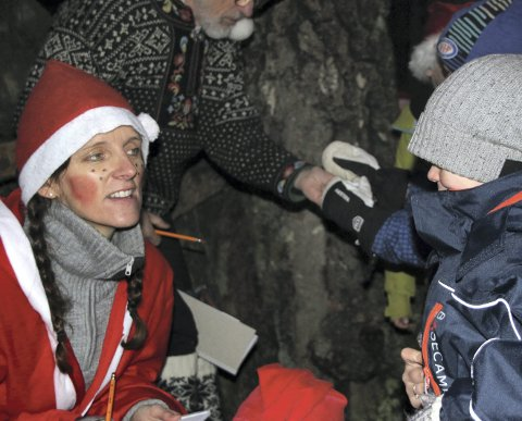 FLERE NISSER: Skiforeningen Sørmarka stiller med flere nisser som skal skape stemning og komme med noen små overraskelser under nissefesten i skogen ved Nylenna. FOTO: SVEIN SKRATTALSRUD
