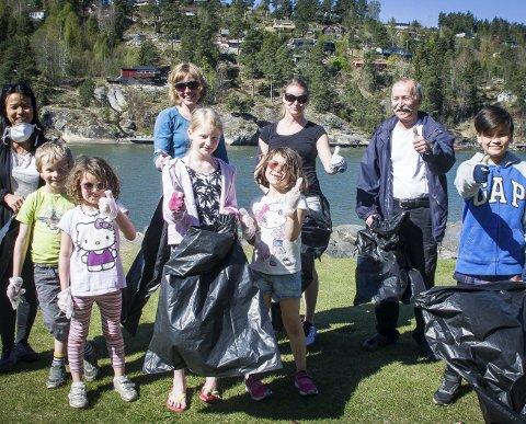 Plukket søppel: Miljøagentene i Ås.foto: Åsmund Austenå Løvdal