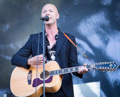 Sivert Høyem ble lørdag innlagt på sykehus og måtte avlyse konsert i Sveits.