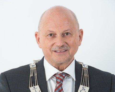 ENORME VERDIER: Kommunene i Buskerud overtar nå eierskapet i energiselskapet Vardar fra fylkeskommunen. – Jeg er sikker på at kommunene vil ta godt vare på de enorme verdiene, sier fylkesordfører Roger Ryberg.