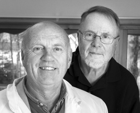LEGEPRAT: Lege Steffen Steffensrud på Hallingby og journalist Anders Skrataas