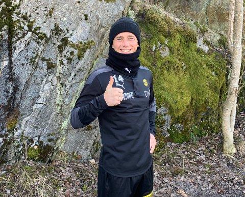 EGENTRENING: Fredrik Krogstad fornøyd etter å ha gjennomført onsdagens første treningsøkt.