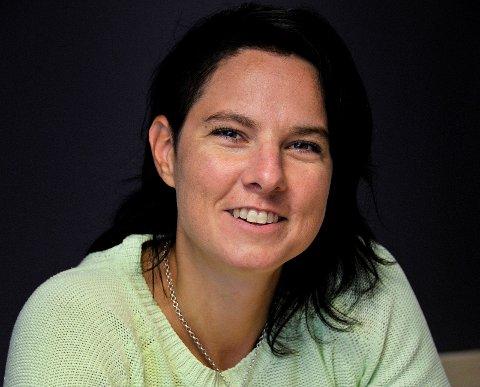 HINDERLØYPE: Lene Dyrkorn, rektor ved Skjeberg Folkehøyskole, håper mange barn vil være med på Skjeberg Challenge førstkommende søndag.