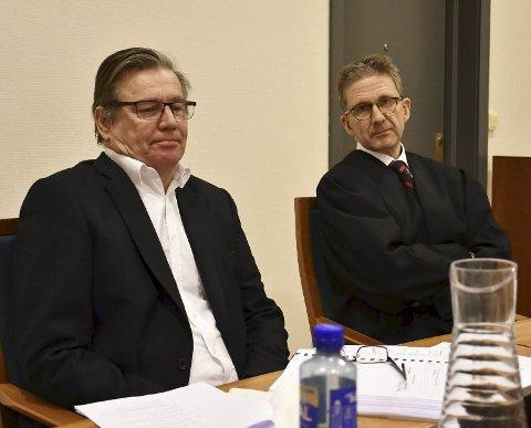 Vant forrige runde: Morten Harr (tv) og hans advokat Niels Richard Kiær vant en knusende seier i tingretten i november 2019. Nå utkjempes den siste og avgjørende runden i Agder lagmannsrett i Skien denne uken.