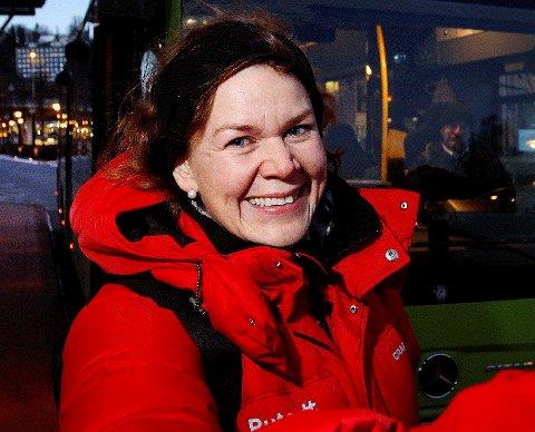 EVALUERE: Sofie Bruun i Ruter ønsker ikke å si noe om rutens fremtid ennå.