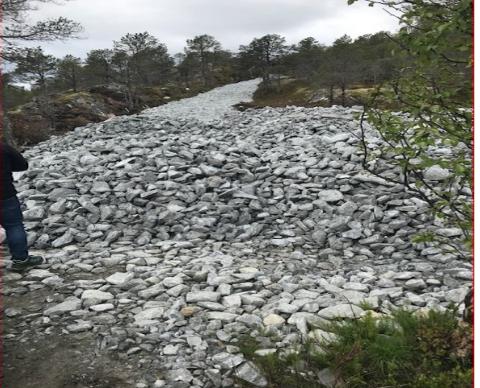 - ULOVLIG: Narvik kommune har ilagt gebyr på 25.000 kroner og pålagt stans, etter at en hytteeier startet arbeidet med vei til  hytta.