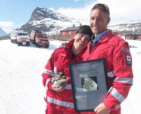 Røde Kors tildeler årets Fjellskikkpris til Tor Varpestuen og Ingeborg Ørslien. De får prisen for sitt arbeid for beredskap i fjellområder i Sør-Norge.