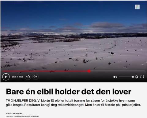 BILTUR UTEN BOMPENGER: TV2 hjelper deg sendte dette innslaget i mars - her er bilrekken på tur over Listulhøgda mellom Gålå og Fagerhøy i Sør-Fron. (skjermdump fra TV2)