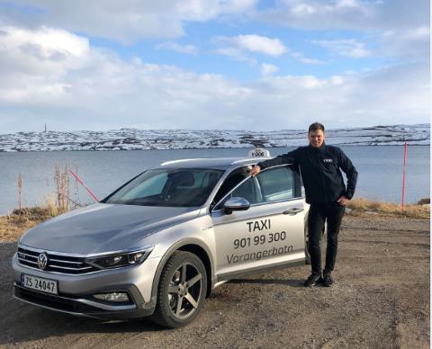 I DRIFT: Foreløpig har Varangerbotn Taxi en drosje i drift, nå venter de på en ny.