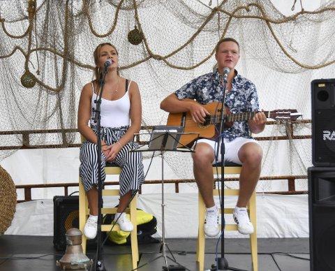 Hallelujah-stemning: Berge-søskena song og spelte mellom anna klassikaren Hallelujah.