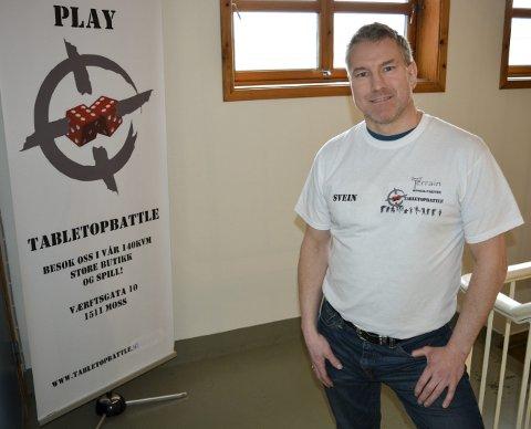 ILDSJEL: Svein Erik Nysæter er styreleder i Tabletopbattle AS, som er den kommersielle delen av spillet.
