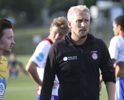 GLEDER SEG: Trener Jørgen Isnes gleder seg til at KFUM/Oslo skal måle krefter med Norges nestbeste lag i OBOS-ligaen.