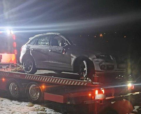IMPONERENDE: På speil-is i bekmørket, alene, fikk Vegard Høyer opp bilen fra Saltdalelva.