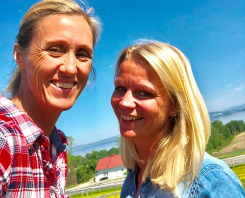 camilla Rostad (t.v.) er ny styreleder og Merte Selmer hansen engasjert som salgsleder hos Mat fra Toten.