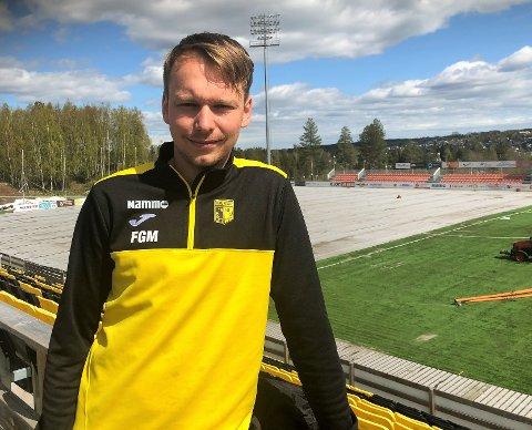 Fredrik Greve Monsen og Raufoss Fotball lager aktivitetscamp i en tid fotballskolene de fleste steder er avlyst.