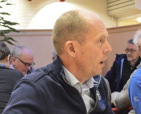 KRITISK: Nils P. Hagen mener kommunestyret fungerer som en havarikommisjon i legekontor-saken, og støttet forslaget fra Ap om time-out.
