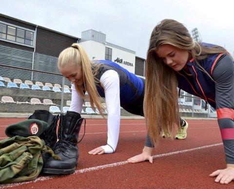 Styrketrening: Amalie og Victoria Heltberg har lagt om treningen for å forberede dem til Forsvaret.