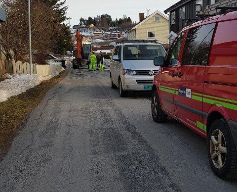 Utbedrer: Vannlekkasje i Øvre Dahls vei. (Leserfoto)