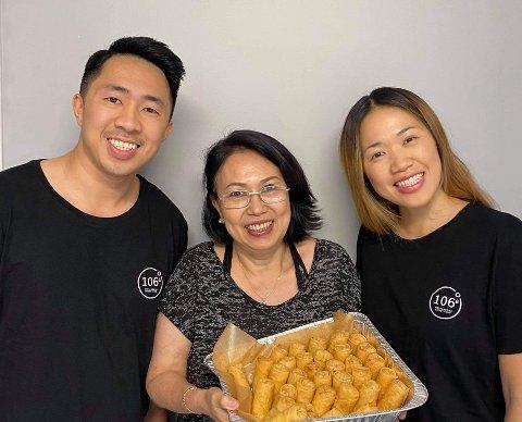 Familiebedriften 106 grader øst gleder seg til å utvide virksomheten sin. F.v: Nick Duy Do, Kim Oanh Nguyen og Nellie Trang Andreassen.