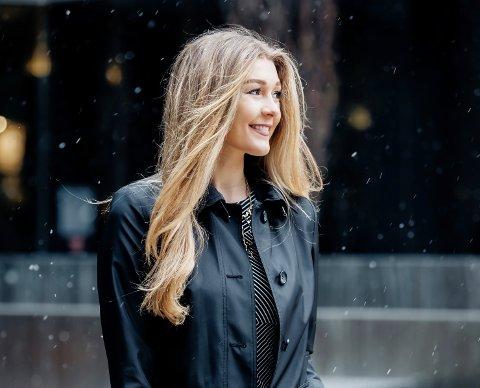 Skuespiller Charlot Daysh fra Sola opplever julemagi i Toronto, og sier at kun nissen vet hva hun egentlig ønsker seg til jul.