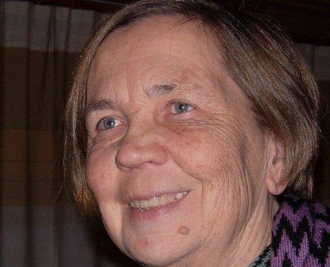 IKKJE FORNØGD: – Eg har budd her sidan 1970-talet og det blir berre tristare og tristare, seier Astrid Wittersø om Førde.