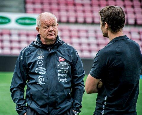 ØNSKER Å AVSLUTTE SESONGEN FØRST: FFKs sportslige leder Per-Mathias Høgmo ønsker ikke å si for mye om sin egen fremtid før sesongen faktisk er ferdigspilt. Men legger ikke skjul på at skuffelsen er stor.