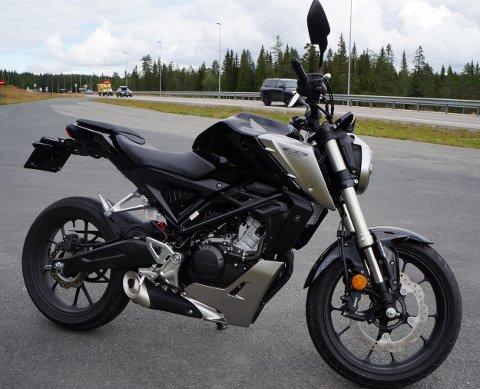STILSTUDIE: Honda CB 125R, 2019-modell.