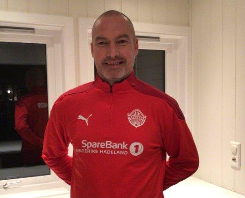 TILBAKE: Frode Lafton blir trener for Jevnakers G16-lag, etter en periode utenfor fotballen. Han forteller nå at han har savnet å være på feltet.