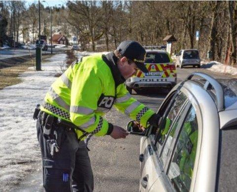 Kontroller: 1.555 bilførere ble de to første månedene av året tatt for ruskjøring. Hvor mange som kjører ruset, kan man bare spekulere i. Foto: Gjengangeren