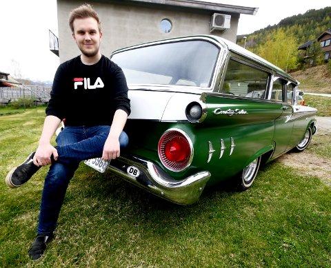 """Magnus Dybdalen tok eit utradisjonelt val da han skulle handle """"ny"""" bil."""