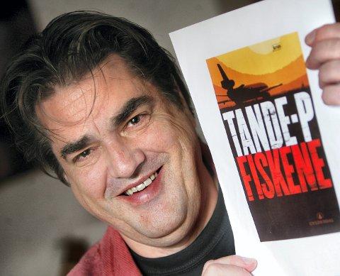 FORFATTER: Tande-P har blant annet utgitt kriminalromanen «Fiskene» fra 2007.FOTO: LISBETH ANDRESEN