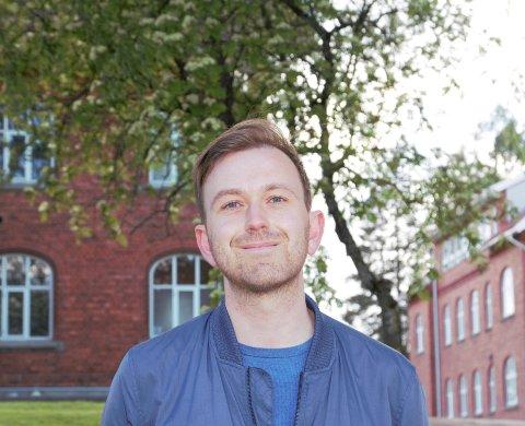 KRITISK TIL REGJERINGEN: Edvin Søvik, gruppeleder Ås Arbeiderparti, mener regjeringens politikk fører til trangere kommuneøkonomi for Ås.