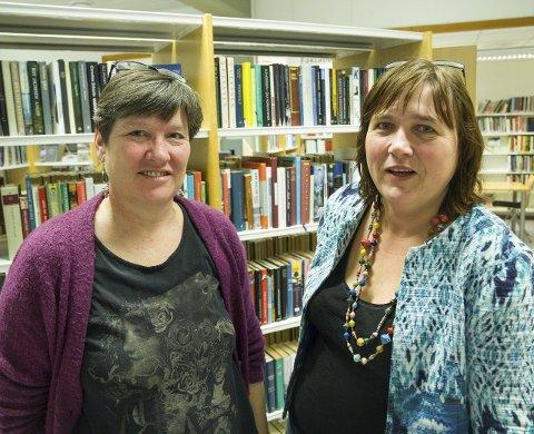 Jorun Systad (t.h.) frå Vadheim er tilsett som ny biblioteksjef i Førde. Ny på arbeidsplassen er også Anne Sagen. Ho har vore biblioteksjef i Gaular, men no søkt seg over til biblioteket i Førde.
