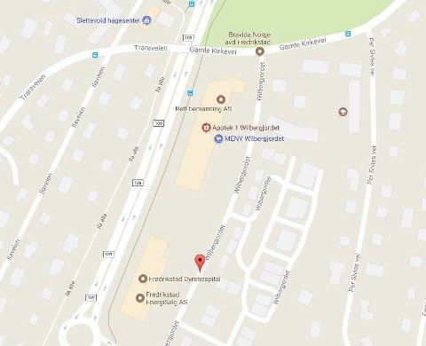 Området rundt Wilbergjordet er stengt i forbindelse med en væpnet aksjon mot en adresse.