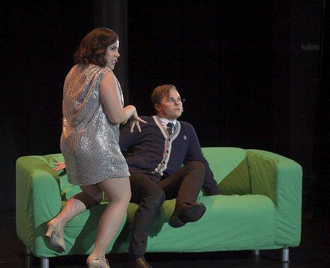 KOMEDIE: Kristoffer Grua Pedersen som Leo Bloom i The Producers, her sammen med Kirsti Lucena, skal være med i storoppsetningen av The Phantom of the Opera på Folketeateret.