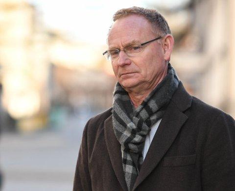 Kommunedirektør Roar Vevelstad er bekymret for om kommunen får dekket alle koronarelaterte utgifter. Arkivbilde.