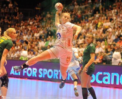 STERK: Vilde Ingstad puttet et mål mot Litauen. Nå vil hun utvikle seg ytterligere i Danmark.